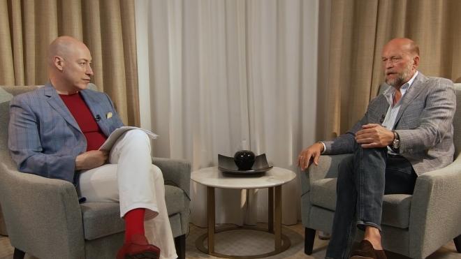 Бывший друг Путина Сергей Пугачев дал пятичасовое интервью Дмитрию Гордону. АААА! Да кто вообще пять часов смотреть будет? Мы. Вот главное в двух абзацах