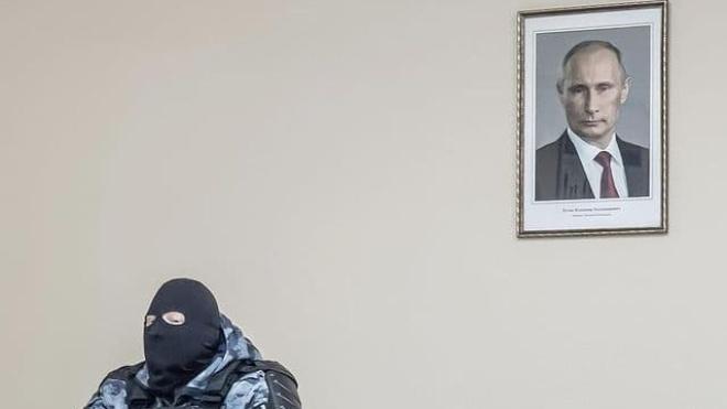 МВС Росії не буде розслідувати отруєння Навального. Також не будуть перевіряти причетність співробітників ФСБ