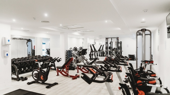 В Польше спортзал объявил себя «Церковью здорового тела», чтобы не закрываться из-за коронавируса
