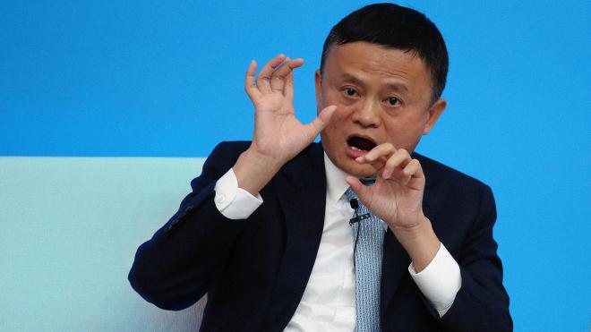Два місяці тому засновник Alibaba Джек Ма розкритикував владу Китаю і після цього зник. Так вже щезали інші китайські мільярдери, а потім опинялися у в'язниці. Що буде з Ма?
