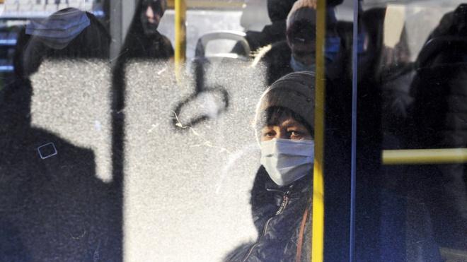КМДА поскаржилась поліції на те, що в інтернеті продають спецперепустки для проїзду у громадському транспорті