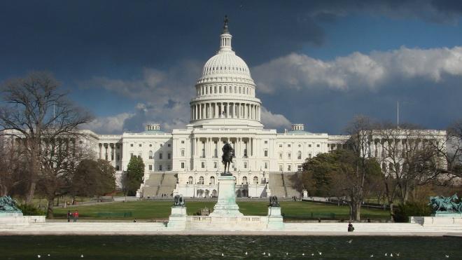 США упростили рекомендации по поездкам для более чем 100 стран. Среди них — Украина