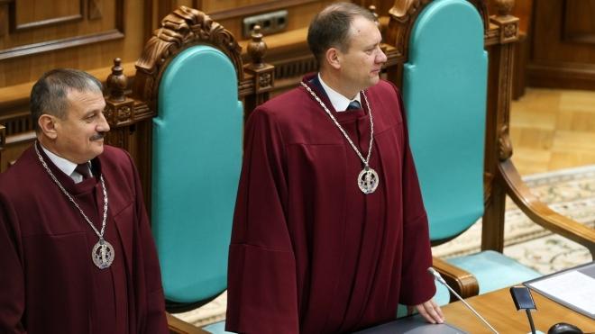 НАЗК виявило порушення в деклараціях судді КСУ Касмініна та кількох депутатів