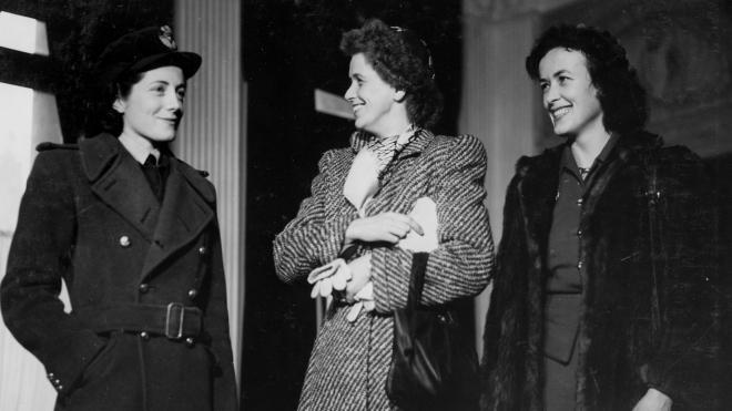 76 лет назад в Ялте дочери Рузвельта, Черчилля и дипломата США Гарримана наблюдали, как их отцы делили мир. А за кулисами они видели разрушенный Крым, матрасы с клопами, горы икры и похотливого Берию