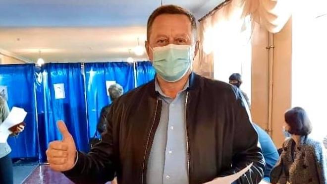 У Краматорську вибори мера виграв самовисуванець Гончаренко. «ОПОРА» пише, що його підтримали «Слуга народу» та ОПзЖ