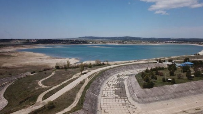 «Для населения ресурсов хватает». МИД Украины объяснил причины дефицита питьевой воды в Крыму
