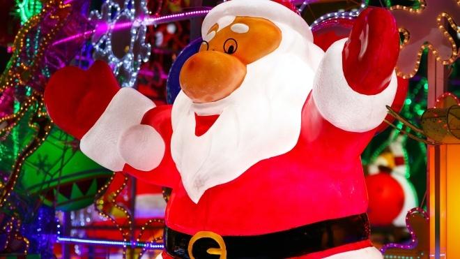 В Бельгии мэрия пригласила в дом престарелых Санта-Клауса. После его визита у 75 пенсионеров выявили коронавирус