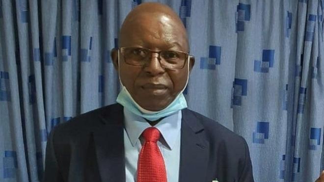 В Кении от коронавируса умер врач, который проводил кампанию против вакцинации