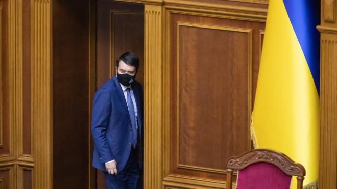 Арахамия признал «определенные разногласия» с Разумковым и хочет выяснить, как спикер работает с больничного. Оппозиция против замены главы ВР