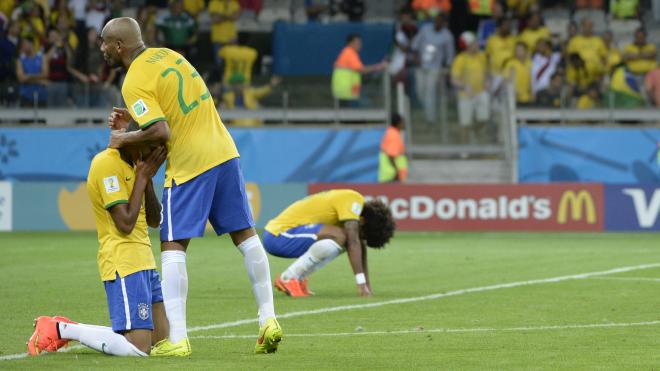 Україна програла Франції 1:7. Але з таким самим рахунком програвали Бразилія та Росія, а рекордний розгром в Океанії навіть виявися корисним — ось як це було