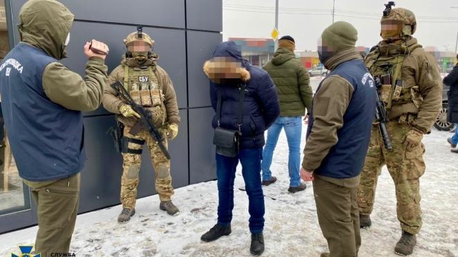 У Харкові затримали російського агента, який збирав для спецслужб секретні документи з розробки української бронетехніки