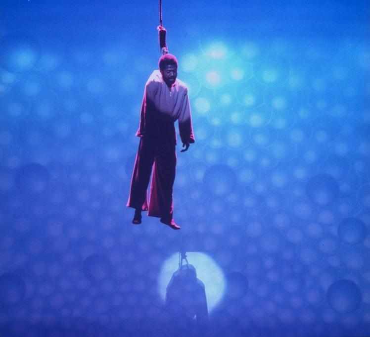 Актор Бен Верін в ролі Іуди в сцені з мюзиклу «Ісус Христос — суперзірка», 12 жовтня 1971 року.
