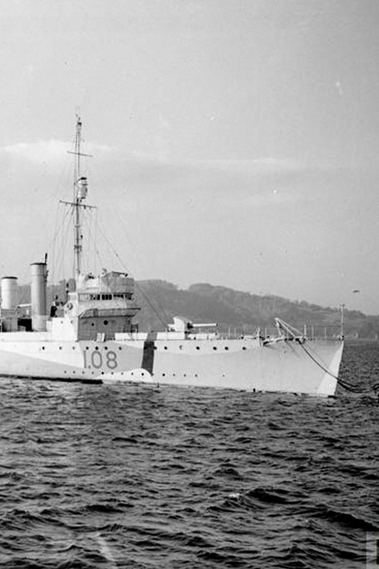 Бывший американский эсминец, поставленный по ленд-лизу, на службе в Королевском флоте Британии, 1940 год.