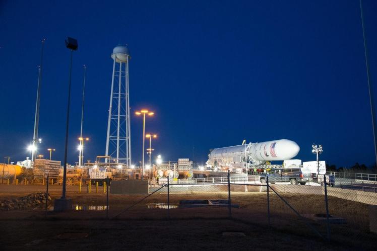 Ракету «Антарес» NASA использует для доставки грузов на Международную космическую станцию. «Южмаш» производит емкости и системы подачи топлива, клапаны и датчики, разработанные в КБ «Южное».