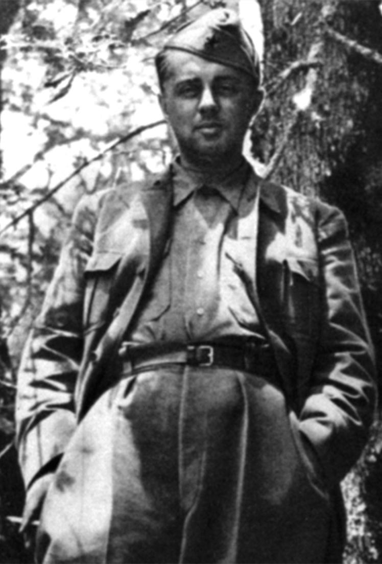 Лідер албанських партизанів Енвер Ходжа в Одрічані Гірокастрської області в 1944 році.