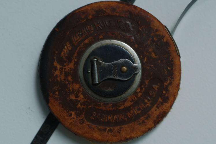 Измерительная рулетка, поставленная по ленд-лизу во время Второй мировой войны.