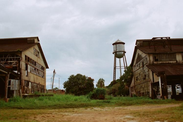 Так промышленные здания Фордляндии выглядят сейчас.