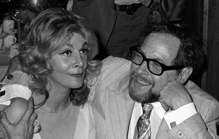 Актриса Сільвія Майлз і драматург Теннессі Вільямс на вечірці на честь прем'єри рок-опери «Ісус Христос — суперзірка», 12 жовтня 1971 року.