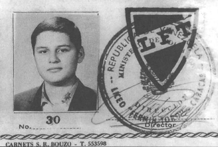 Удостоверение личности, выданное Ильичу в Liceo Fermin Toro.