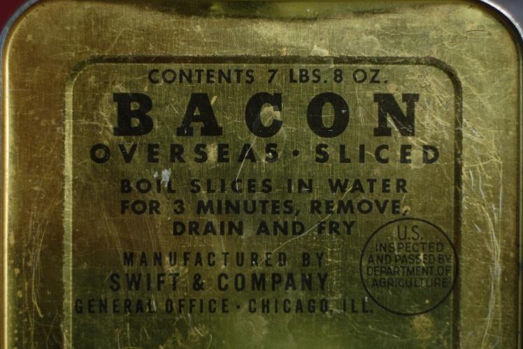 Коробка из-под бекона, поставленного по ленд-лизу во время Второй мировой войны.